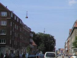 røde vand ting som står på gaden
